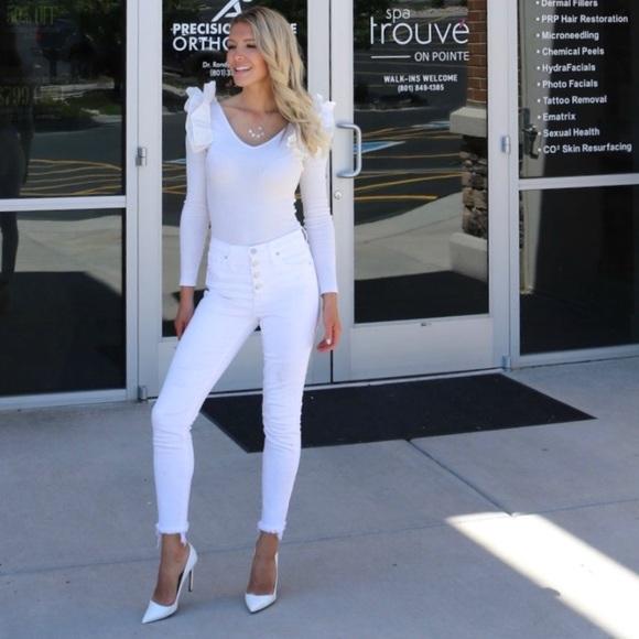 SHEIN Tops - White ribbed bodysuit